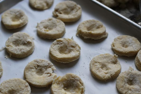 biscuits with thumbprints