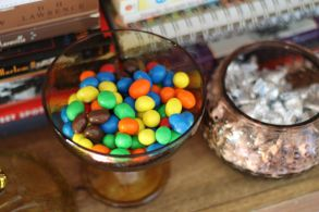 candy bowls tops off
